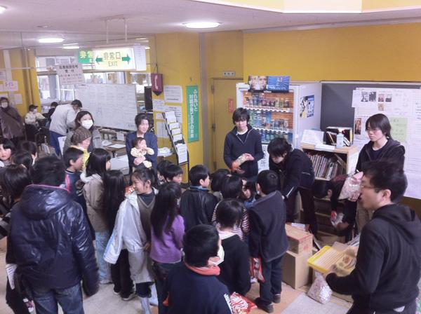 東日本大震災被災地に支援物資